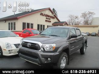 2014 Toyota Tacoma Double Cab V6 5AT 4WD in Troy NY, 12182