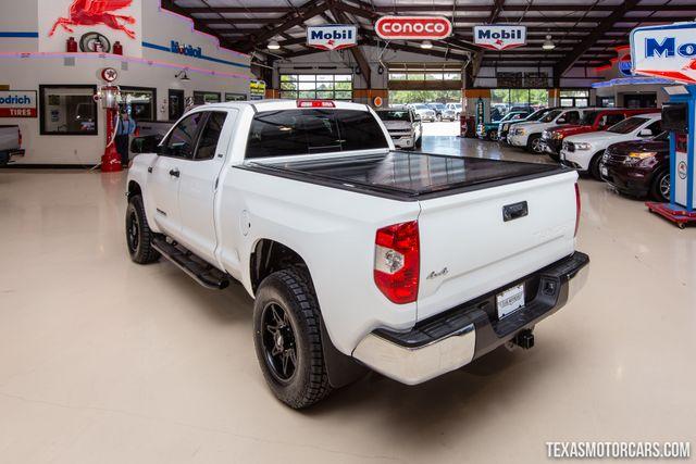 2014 Toyota Tundra SR5 4X4 in Addison Texas, 75001