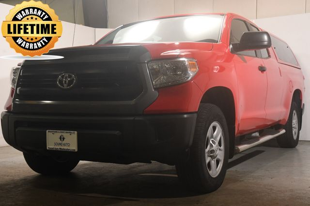 2014 Toyota Tundra SR5 w Leather & Tonneau Cap