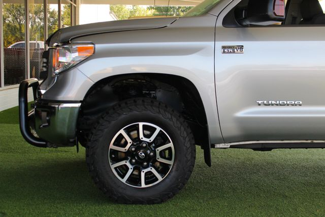 2014 Toyota Tundra SR5 Upgrade CrewMax 4x4 TRD OFF ROAD - LIFTED! Mooresville , NC 21