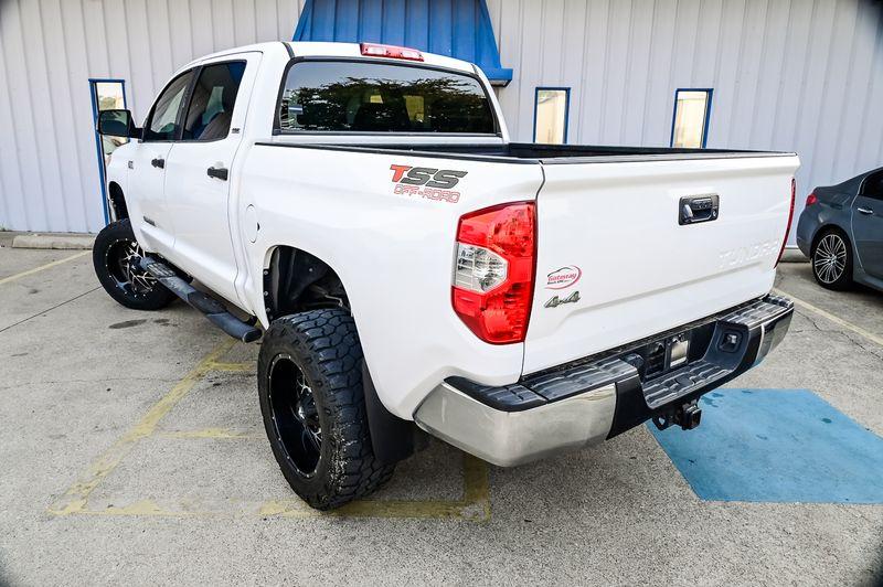2014 Toyota Tundra 5.7L V8 SR5 4X4 LIFTED CLEAN CARFAX BACKUP CAM in Rowlett, Texas