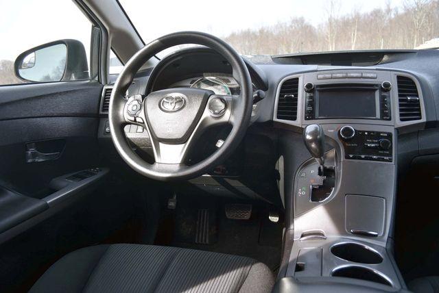 2014 Toyota Venza LE Naugatuck, Connecticut 14
