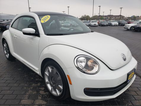 2014 Volkswagen Beetle Coupe 1.8T w/Sun/Sound/Nav | Champaign, Illinois | The Auto Mall of Champaign in Champaign, Illinois