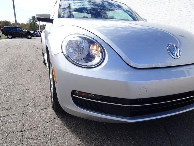 2014 Volkswagen Beetle Coupe 2.0L TDI w/Sun/Sound/Nav Madison, NC 8
