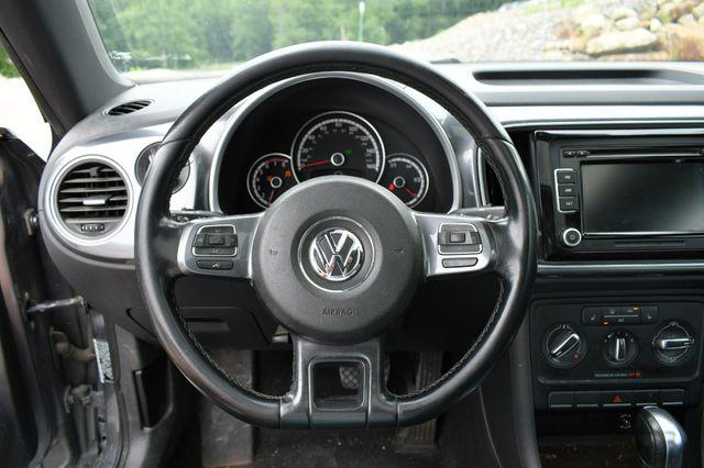 2014 Volkswagen Beetle Coupe 1.8T w/Sun Naugatuck, Connecticut 12