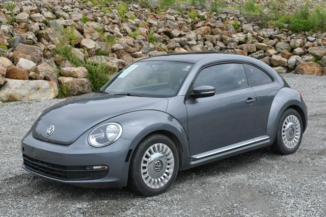 2014 Volkswagen Beetle Coupe 1.8T w/Sun Naugatuck, Connecticut 2