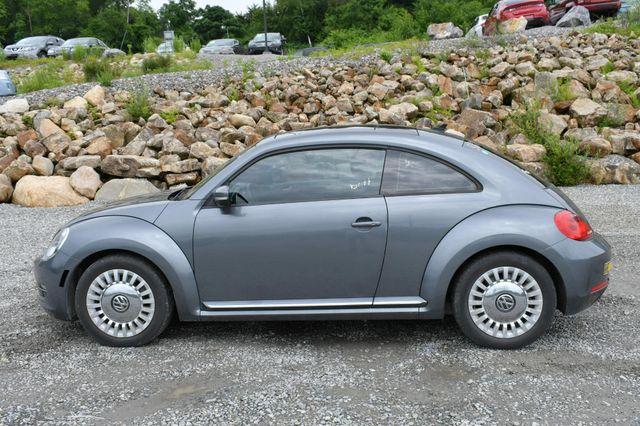 2014 Volkswagen Beetle Coupe 1.8T w/Sun Naugatuck, Connecticut 3