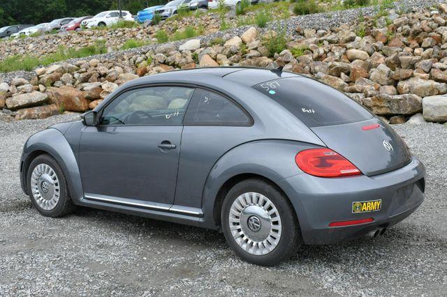 2014 Volkswagen Beetle Coupe 1.8T w/Sun Naugatuck, Connecticut 4