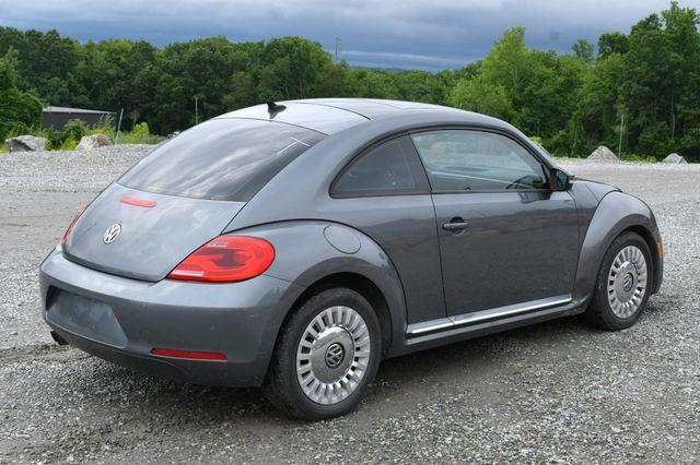 2014 Volkswagen Beetle Coupe 1.8T w/Sun Naugatuck, Connecticut 6