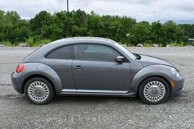 2014 Volkswagen Beetle Coupe 1.8T w/Sun Naugatuck, Connecticut 7