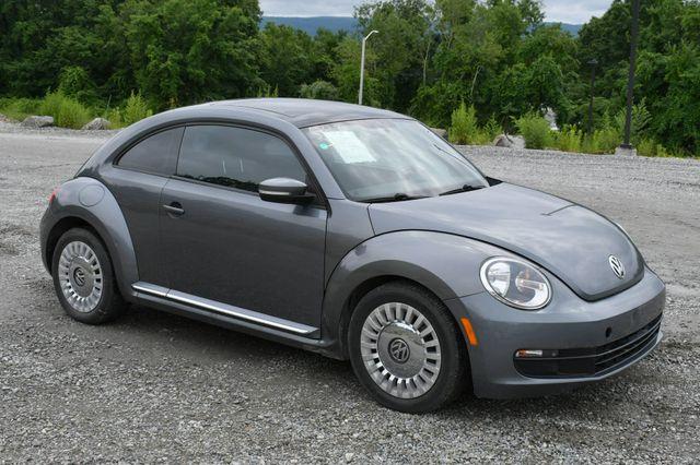 2014 Volkswagen Beetle Coupe 1.8T w/Sun Naugatuck, Connecticut 8