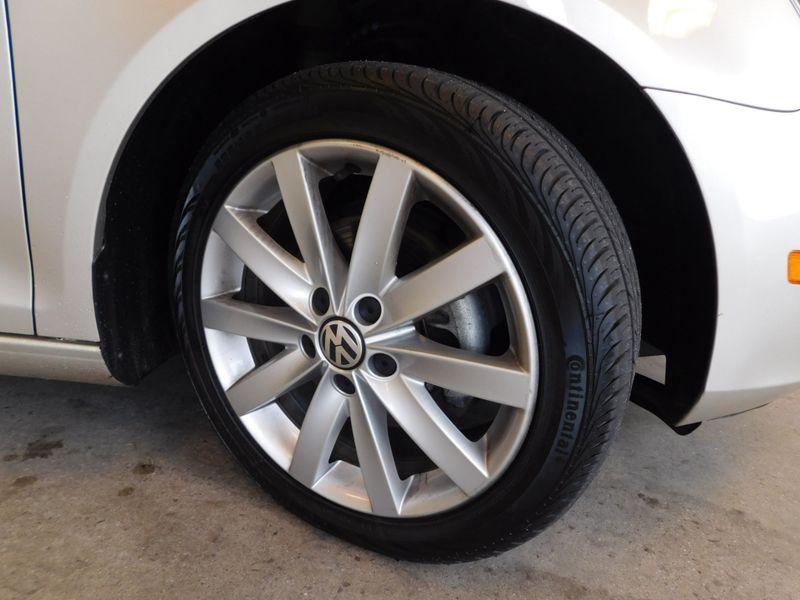 2014 Volkswagen Jetta SE wSunroof  city TN  Doug Justus Auto Center Inc  in Airport Motor Mile ( Metro Knoxville ), TN