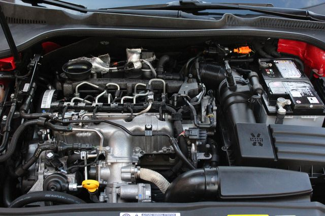 2014 Volkswagen Jetta TDI w/Sunroof & Nav Austin , Texas 22