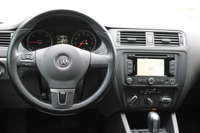 2014 Volkswagen Jetta TDI w/Premium/Nav Austin , Texas 17