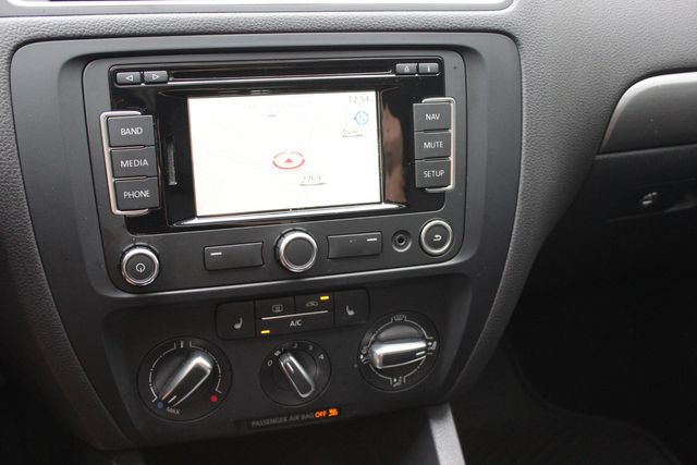 2014 Volkswagen Jetta TDI w/Premium/Nav Austin , Texas 14