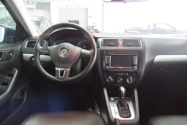 2014 Volkswagen Jetta SE w/Connectivity/Sunroof PZEV Chicago, Illinois 10