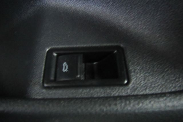 2014 Volkswagen Jetta SE w/Connectivity/Sunroof PZEV Chicago, Illinois 21