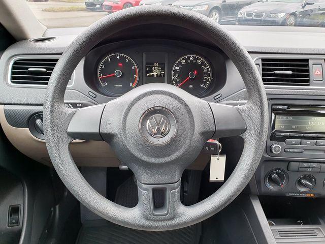 2014 Volkswagen Jetta S 5-Speed Manual Transmission in Louisville, TN 37777