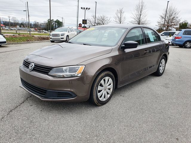 2014 Volkswagen Jetta S 5-Speed Manual Transmission in Louisville, TN 37777