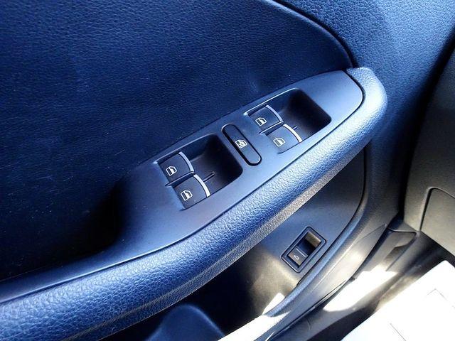 2014 Volkswagen Jetta TDI w/Premium/Nav Madison, NC 25