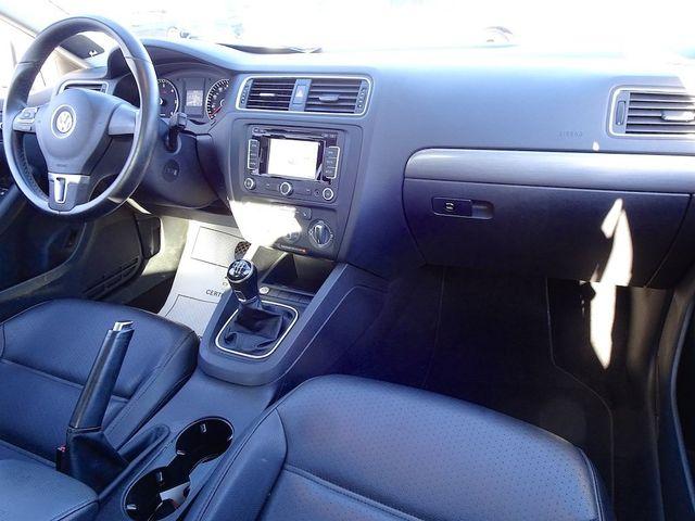 2014 Volkswagen Jetta TDI w/Premium/Nav Madison, NC 38