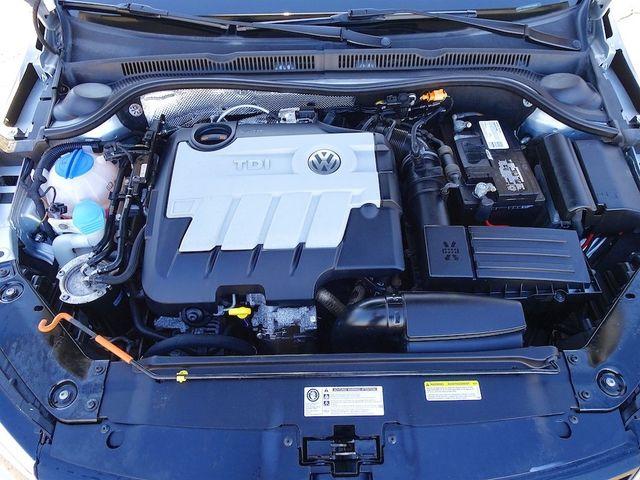 2014 Volkswagen Jetta TDI w/Premium/Nav Madison, NC 44