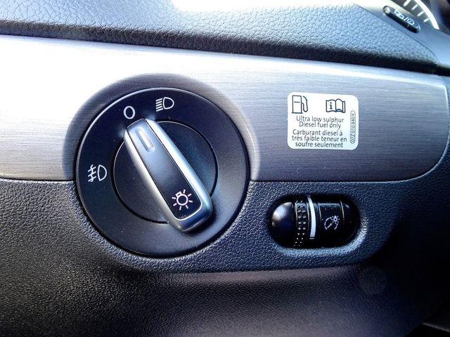 2014 Volkswagen Jetta TDI w/Premium/Nav Madison, NC 15