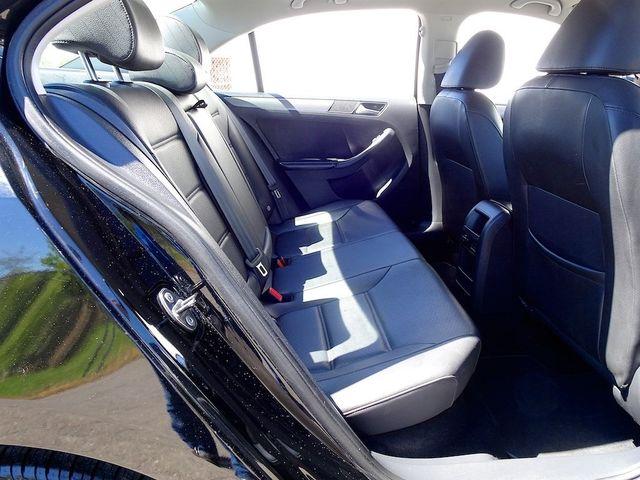 2014 Volkswagen Jetta TDI w/Premium/Nav Madison, NC 32