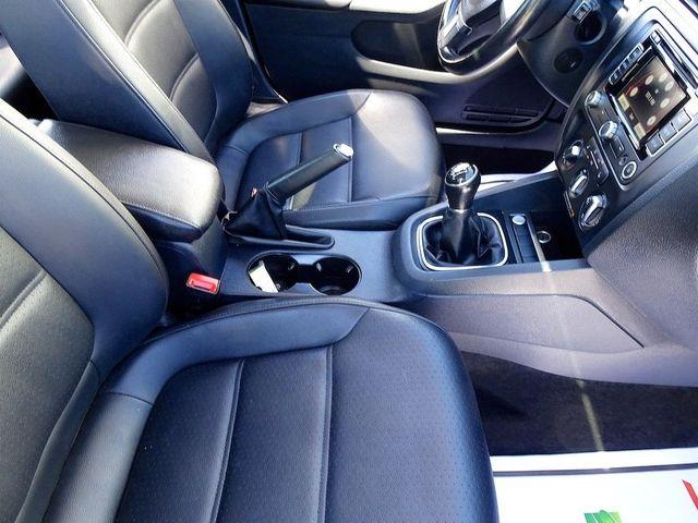 2014 Volkswagen Jetta TDI w/Premium/Nav Madison, NC 40