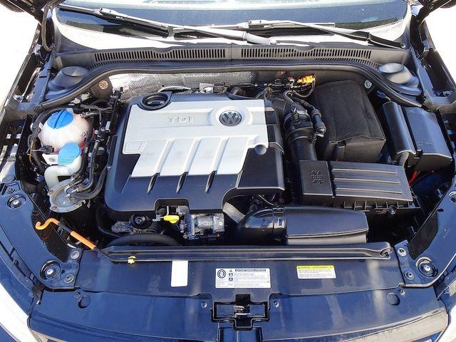 2014 Volkswagen Jetta TDI w/Premium/Nav Madison, NC 42