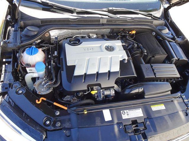 2014 Volkswagen Jetta TDI w/Premium/Nav Madison, NC 43