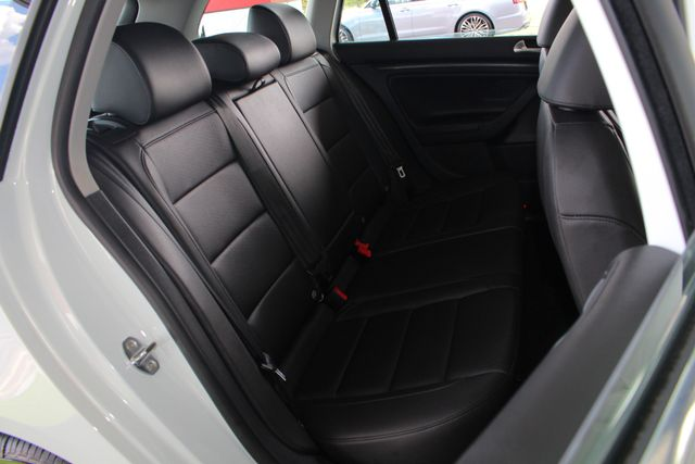 2014 Volkswagen Jetta TDI FWD - LESS THAN 4K MILES - ONE OWNER! Mooresville , NC 13