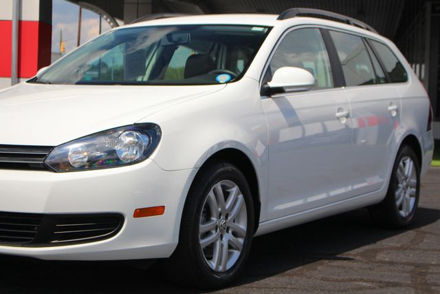 2014 Volkswagen Jetta TDI FWD - LESS THAN 4K MILES - ONE OWNER! Mooresville , NC 27