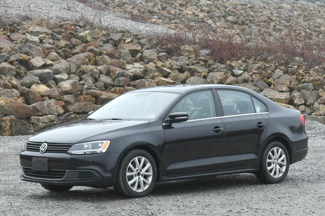 2014 Volkswagen Jetta SE w/Connectivity/Sunroof PZEV Naugatuck, Connecticut 2