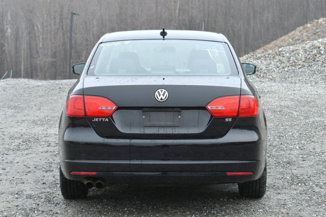 2014 Volkswagen Jetta SE w/Connectivity/Sunroof PZEV Naugatuck, Connecticut 5