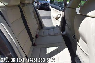 2014 Volkswagen Jetta TDI w/Sunroof & Nav Waterbury, Connecticut 10
