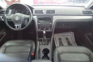2014 Volkswagen Passat Wolfsburg Ed Chicago, Illinois 9