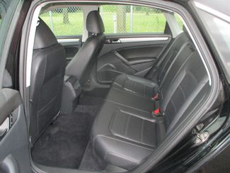 2014 Volkswagen Passat Farmington, MN 3