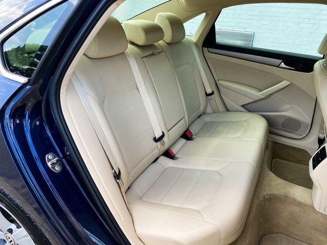 2014 Volkswagen Passat SE Madison, NC 10