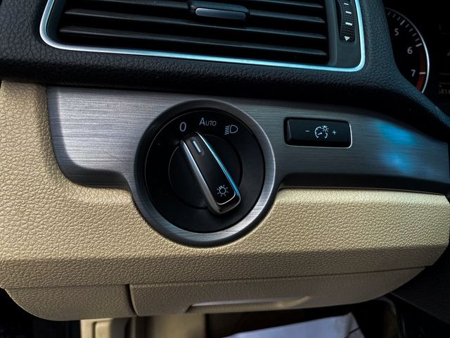 2014 Volkswagen Passat SE Madison, NC 28