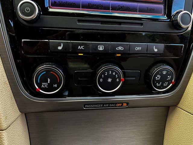 2014 Volkswagen Passat SE Madison, NC 30