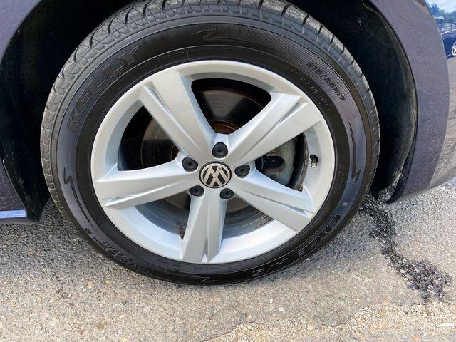 2014 Volkswagen Passat SE Madison, NC 8
