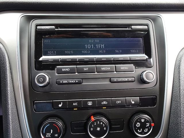 2014 Volkswagen Passat Wolfsburg Ed Madison, NC 18