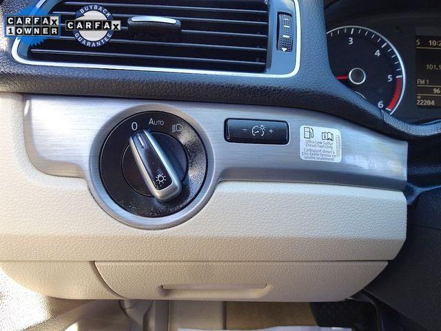 2014 Volkswagen Passat TDI SE w/Sunroof Madison, NC 16