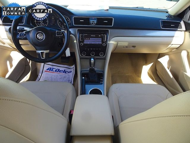 2014 Volkswagen Passat TDI SE w/Sunroof Madison, NC 33