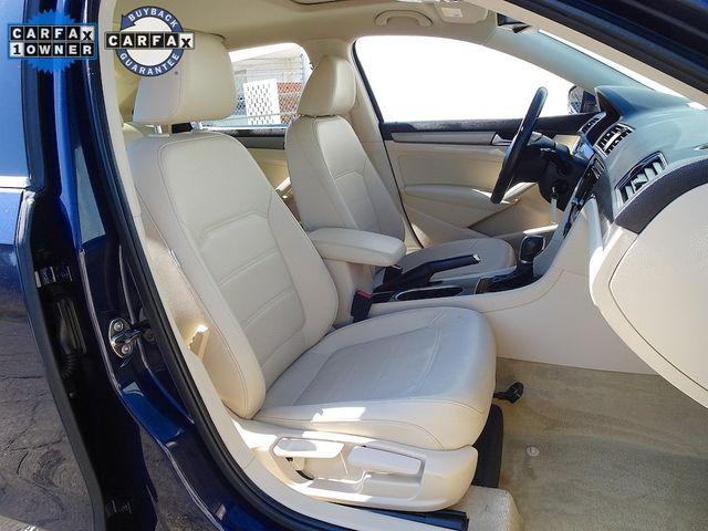 2014 Volkswagen Passat TDI SE w/Sunroof Madison, NC 38