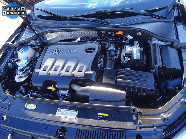 2014 Volkswagen Passat TDI SE w/Sunroof Madison, NC 42
