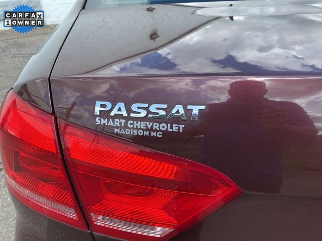 2014 Volkswagen Passat TDI SE w/Sunroof & Nav Madison, NC 15