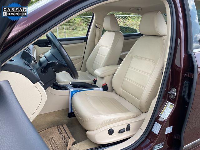 2014 Volkswagen Passat TDI SE w/Sunroof & Nav Madison, NC 22