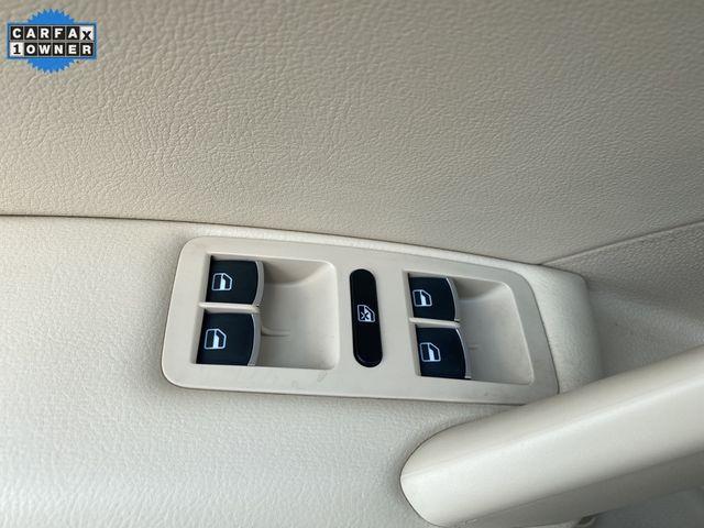 2014 Volkswagen Passat TDI SE w/Sunroof & Nav Madison, NC 25